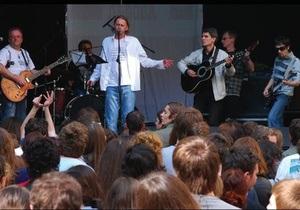В Киеве с сольным концертом выступит Мертвий Півень