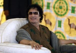 В Бенгази показали обращение всех племен Ливии к Каддафи