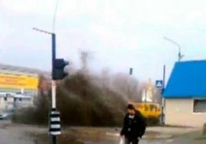 В Луганске прорвало канализацию: несколько улиц затоплены нечистотами