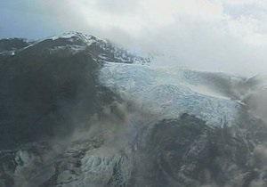 В связи с извержением вулкана в Исландии остановлены полеты на севере Европы