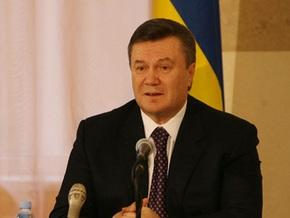 Янукович назвал причину падения курса гривны