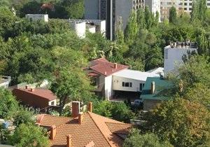 Перестрелка в Одессе: Загорелся дом, где прятались преступники