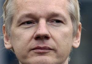 СМИ: В ФБР не нашли улик для привлечения Ассанжа к суду за публикацию документов