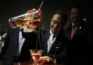 Британцы приготовили самый дорогой в мире коктейль