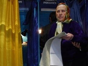 Сегодня в 15 областях Украины проходят выборы