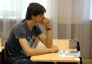 Табачник добавил русский язык к предметам внешнего тестирования