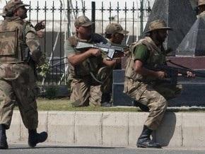 Террористы в Пакистане освободили 10 заложников