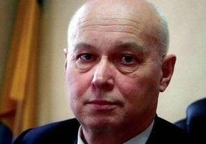 Скандал с министром: Кабмин не получал указаний отправлять Ященко с Януковичем в Луганск