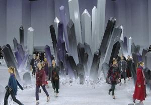 Зимнюю коллекцию Chanel раскупили в рекордные сроки