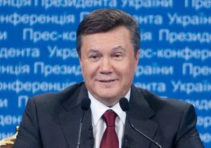 СМИ: В новый учебник истории включили биографию Януковича