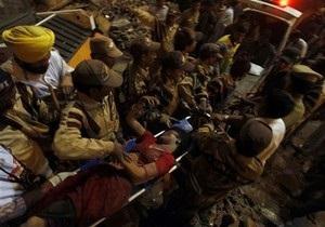 В Индии обрушилось пятиэтажное здание: число погибших выросло до 50 человек