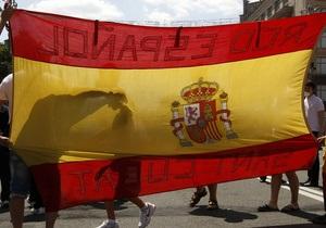 Испанцы надеются с помощью Меркель победить кризис
