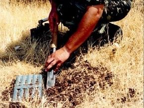 В Киеве нашли две минометные мины и один снаряд