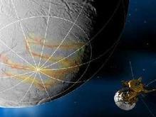 Зонд Cassini пролетел сквозь гейзеры спутника Сатурна