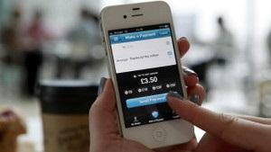 Британия внедряет систему оплаты при помощи мобильных