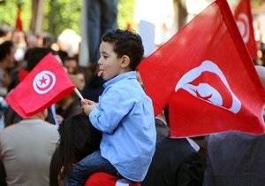 Правящая партия Туниса отказалась от фундаментальной роли шариата