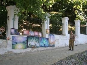 БЮТ: Киевских кинематографистов выбросили на улицу