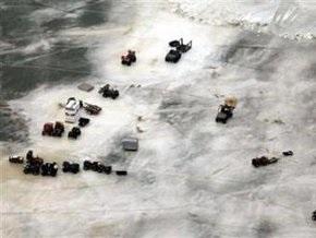 В США с отколовшейся льдины спасли 150 рыбаков