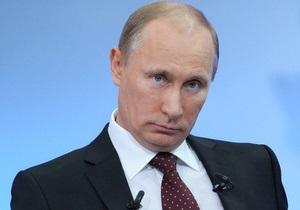 Кнут и пряник: белорусы узнают в Путине знакомые черты