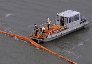 Нефтяное пятно достигло границ штата Луизиана