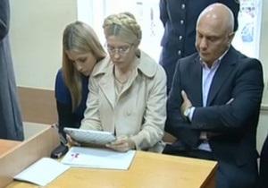 Фотогалерея: Семь лет для Юли. Суд приговорил Тимошенко к тюремному заключению