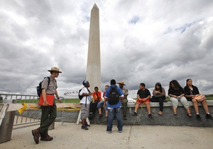 Поврежденный при землетрясении монумент Вашингтона закрыли для посетителей