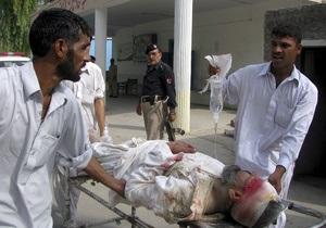 В Пакистане смертник взорвал полицейский участок: погибли 19 человек