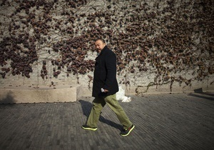 Корреспондент назвал Топ-10 известных и самых ярких художников Arsenale-2012