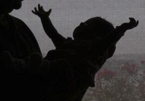 В Харькове 20-летняя девушка пыталась продать своего ребенка