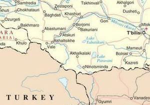 На границе Турции и Грузии прогремел мощный взрыв: власти не исключают авиакатастрофу