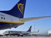 У летевшего в Барселону Boeing-737 в воздухе произошла разгерметизация салона