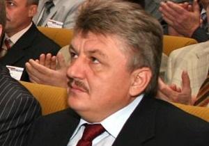 Янукович накануне юбилея Сивковича присвоил ему звание заслуженного юриста
