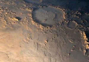 На Марсе обнаружили огромные запасы сухого льда