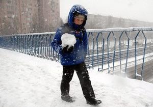 Ненастье в Украине: без электроснабжения остались 302 населенных пунктов в 14 областях - погода в Украине - снег