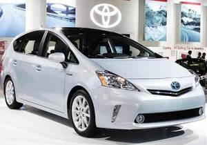 Японский гибридный автомобиль стал одной из самых продаваемых в мире машин