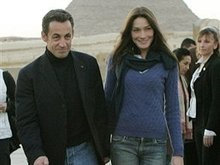 Мать Карлы Бруни прокомментировала ее отношения с Николя Саркози