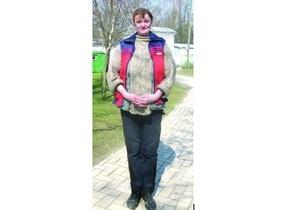 Самая высокая женщина Украины встретила Новый год в колонии в образе Снегурочки