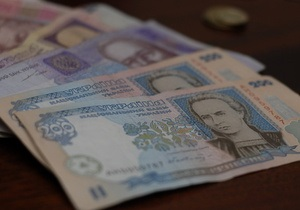 Арбузов заявил, что причин для девальвации гривны нет