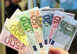 Президент Латвии не видит альтернативы введению евро