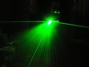 В США появился первый в мире нанолазер