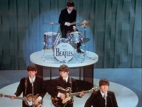 The Beatles бьют рекорды по продажам альбомов