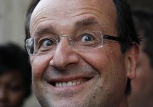 Французского президента высмеяли за неоднозначное поздравление Обамы