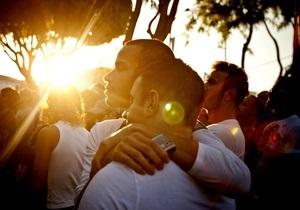 В Уругвае появилось вино для геев
