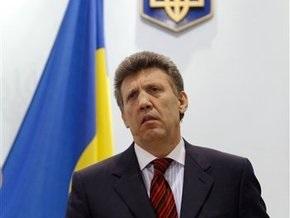 Регионалы потребовали уволить Огрызко