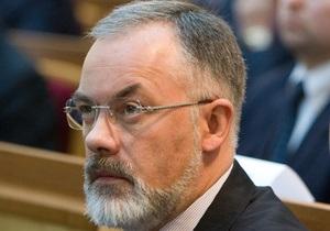 Львовский облсовет требует прекратить уничтожение украинского образования и уволить Табачника
