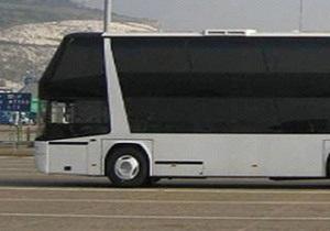 В Германии протестировали самый длинный в мире автобус