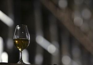 В Киеве обнаружили подпольный склад элитных алкогольных напитков
