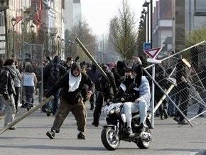 В Страсбурге полицейские остановили несколько сотен противников НАТО