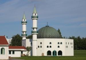 Преступник обстрелял мечеть в Швеции во время молитвы