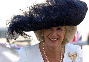 Елизавета II произвела супругу принца Чарльза в дамы Великого Креста